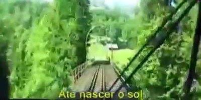 Sucesso dos anos 80 de Roupa Nova Seguindo no Trem Azul, vale a pena conferir!