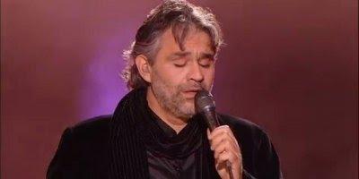 Vídeo com Andrea Bocelli cantando musica de Elvis Presley!!!