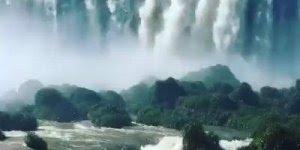 Beleza das Cataratas do Iguaçu, que perfeição da natureza hein!