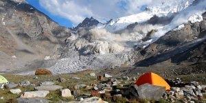 Inicio de uma avalanche, a natureza é um mistério, confira!