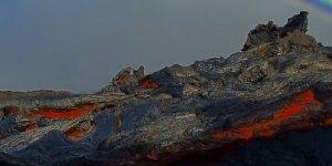 Lavas do Vulcão Kilauea que fica no Parque Nacional de Vulcões do Havaí!!