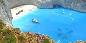 Lugar mais lindo da natureza, quem gostaria de ir para um paraíso desse?
