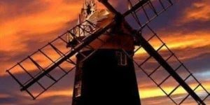 Vídeo com lindíssimos moinhos de vento, uma fonte de energia limpa!!!