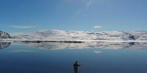 Vídeo mostrando a neve e sua paisagem maravilhosa, a natureza é incrível!!!
