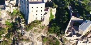Vídeo mostrando um pouquinho do Castelo de Aragão em uma ilha na Itália!!!