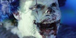 Esse filme é aterrorizante! Se você tiver medo de palhaços não assista CLOWN!