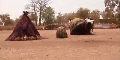 Rituais em tribos africanas deixam as pessoas com uma pulga atras da orelha!!!