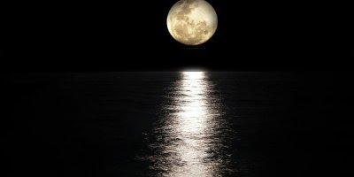 Mensagem de Boa Noite. Quem não ama não conhece a Deus, espalhe amor!!!