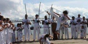 Dia 3 de Agosto é Dia do Capoeirista - Um estilo de dança e luta!