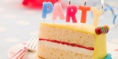 Parabéns! Desejo que neste dia especial todos seus sonhos se realizem!!!