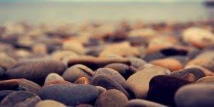 Mensagem motivacional, o que fazer com as pedras nos nossos caminhos?