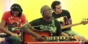 Musica Deus cuida de mim na voz de Kleber Lucas! Deus sempre cuida de você!!!