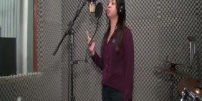 Musica Quão grande é o meu Deus na voz de Esmeralda Félix!!!