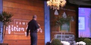 Pastor falando de mulheres e homens na rua, muito engraçado!
