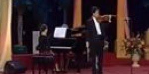Vídeo com musica gospel Segura na mão de Deus tocada no violino!!!