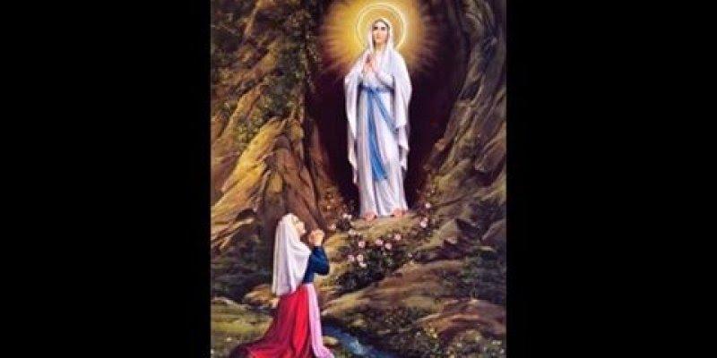 Lindo Vídeo de uma das musicas da Igreja Católica Ave Maria de Lourdes!!!