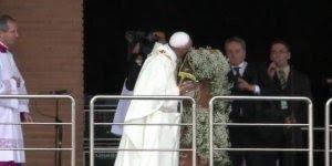 Papa Francisco, Por onde ele passa ele é recebido com carinho e amor!