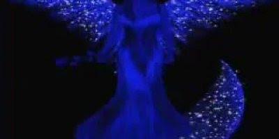 Vídeo com linda musica a Virgem Maria Mãe de Deus, rogai por todos nós!!!