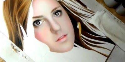 Arte de desenhar rosto de forma espetacular, olha só as riquezas de detalhes!!!