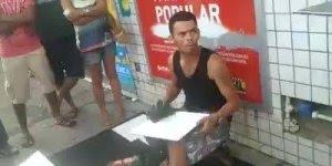 Artista de Rua - Veja o que esse rapaz é capaz de pintar sentado nas ruas!