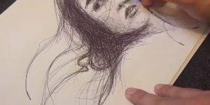 Desenho de mulher feito apenas com caneta da cor preta, sensacional!
