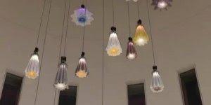Luminárias que parecem estar respirando, mais uma obra de arte incrível!