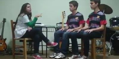 Teatro também é arte, veja estes estudantes interpretando a Imitose dos Barbixas