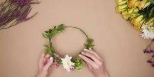 Como fazer uma coroa de flores, que artesanato meigo e fofo!