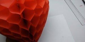 Coração de papel de seda, uma ideia para deixar sua festa ainda mais linda!