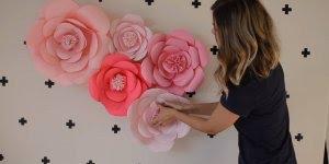 Flor de papel para enfeitar paredes para festas e eventos especiais!