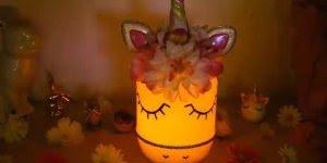 Lâmpada de Unicórnio feito com pote de vidro, uma ideia muito legal!