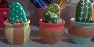 Mini Cactos de pedrinhas, um artesanato fácil de fazer!