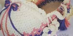 Modelos de Cesto Moisés em crochê com fio de malha, que trabalhos lindos!
