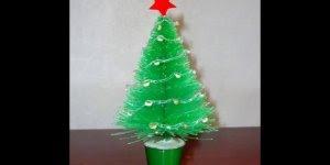 O Natal chegou! Que tal fazer uma linda arvore usando garrafa pet!!!