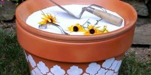Transformando um vaso de flor em um porta treco com mesa, veja!