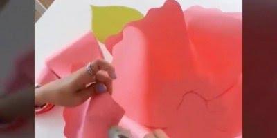 Tutorial de como fazer uma lindíssima flor para decorar suas festas!!!
