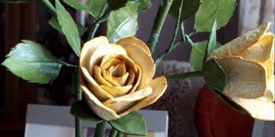 Tutorial de rosas feita com bandeja de ovos, simplesmente maravilhoso!!!