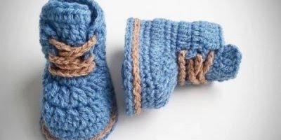 Vídeo com lindas fotos de sapatinho de crochê, é uma mais lindinho que o outro!