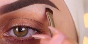 Esse tutorial de como maquiar os olhos para tampar olheiras, é incrível!!!