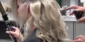 Inspiração de cabelo para noivas, olha só estes cachos que coisa mais linda!!!