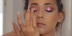 Inspiração de maquiagem para garotas, olha só que perfeita!!!