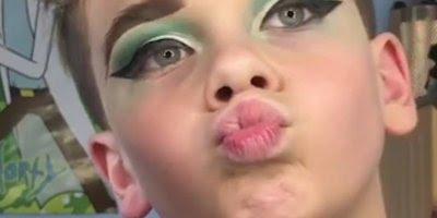 Menino famoso por saber se maquiar, ele manda muito bem nas makes!