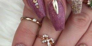 Modelo de decoração em unhas para te inspirar, você vai correr para manicure !