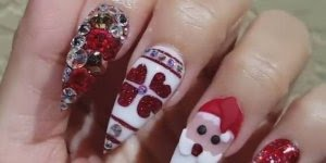 O Natal esta chegando! Que tal fazer suas unhas com tema natalino?