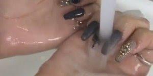 O que dizer sobre estas unhas? Gente esse esmaltes que mudam de cor são lindos!