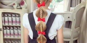 Para as mamães de menias de plantão da só uma olhada neste penteado!!!
