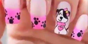 Unhas decoradas com cachorrinho, olha só que charme de desenho!!!