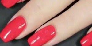 Unhas vermelhas maravilhosas, para mulher ousada que ama essa cor!