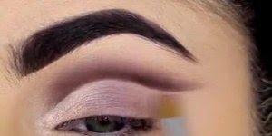 Vídeo com inspiração de maquiagem para os olhos, vale a pena conferir!!!