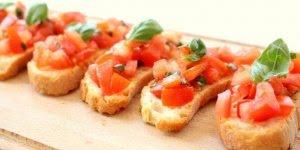 Bruschetta ao Pomodoro, uma receita super fácil de fazer!!!